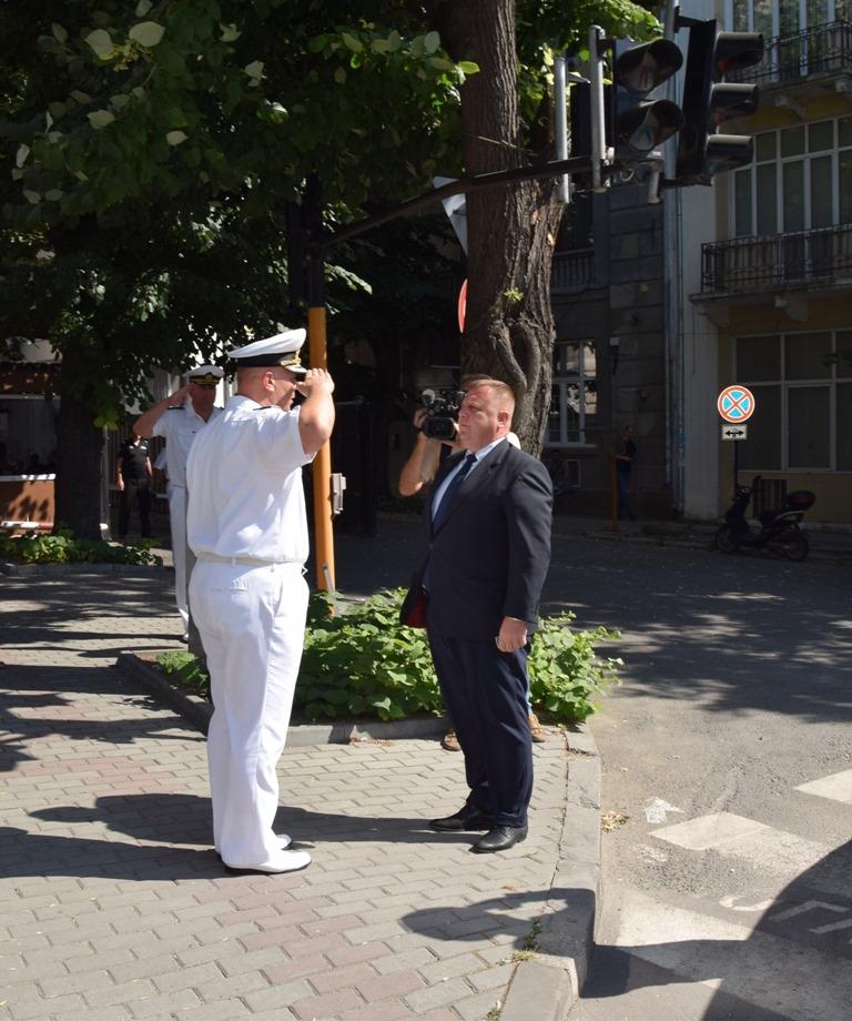 ФОТООКО: НАГРАДИ ЗА ВОЕННОСЛУЖЕЩИ ОТ ВМС ЗА ДОБЛЕСТНА СЛУЖБА ПО СЛУЧАЙ ПРАЗНИКА НА ФЛОТА!