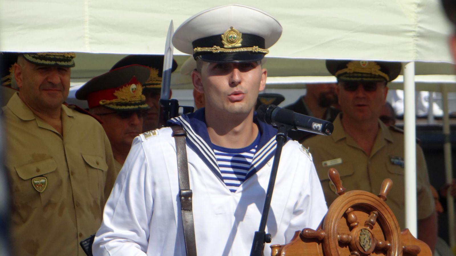 ХОРАТА И БЪЛГАРСКИТЕ ВМС: 40 ПРЕКРАСНИ СНИМКИ ЗА 140 ГОДИНИ ФЛОТ! ВИЖТЕ ТУК!
