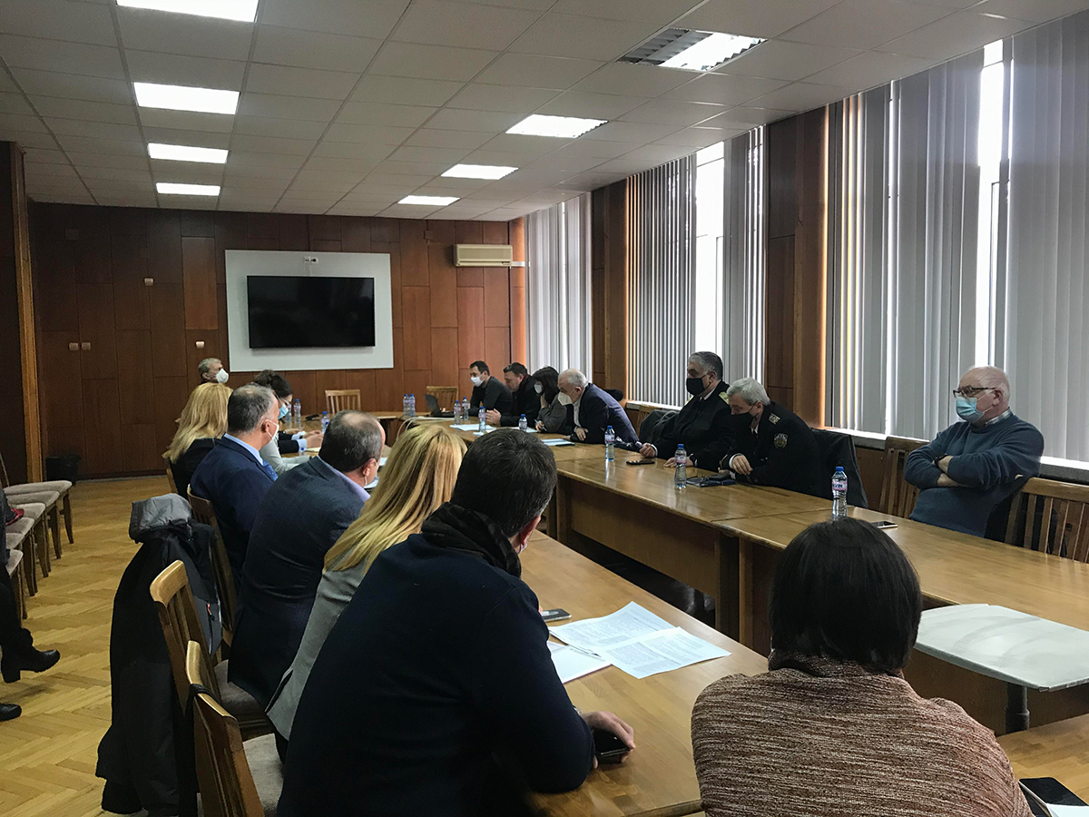 """Флотилен адмирал д.в.н. Боян Медникаров участва в среща за учредяване на """"Варненски цифров иновационен хъб"""""""