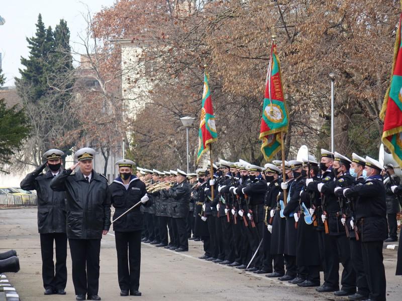 Освещаване на бойните знамена на Богоявление в Пункт за базиране – Варна (снимки)