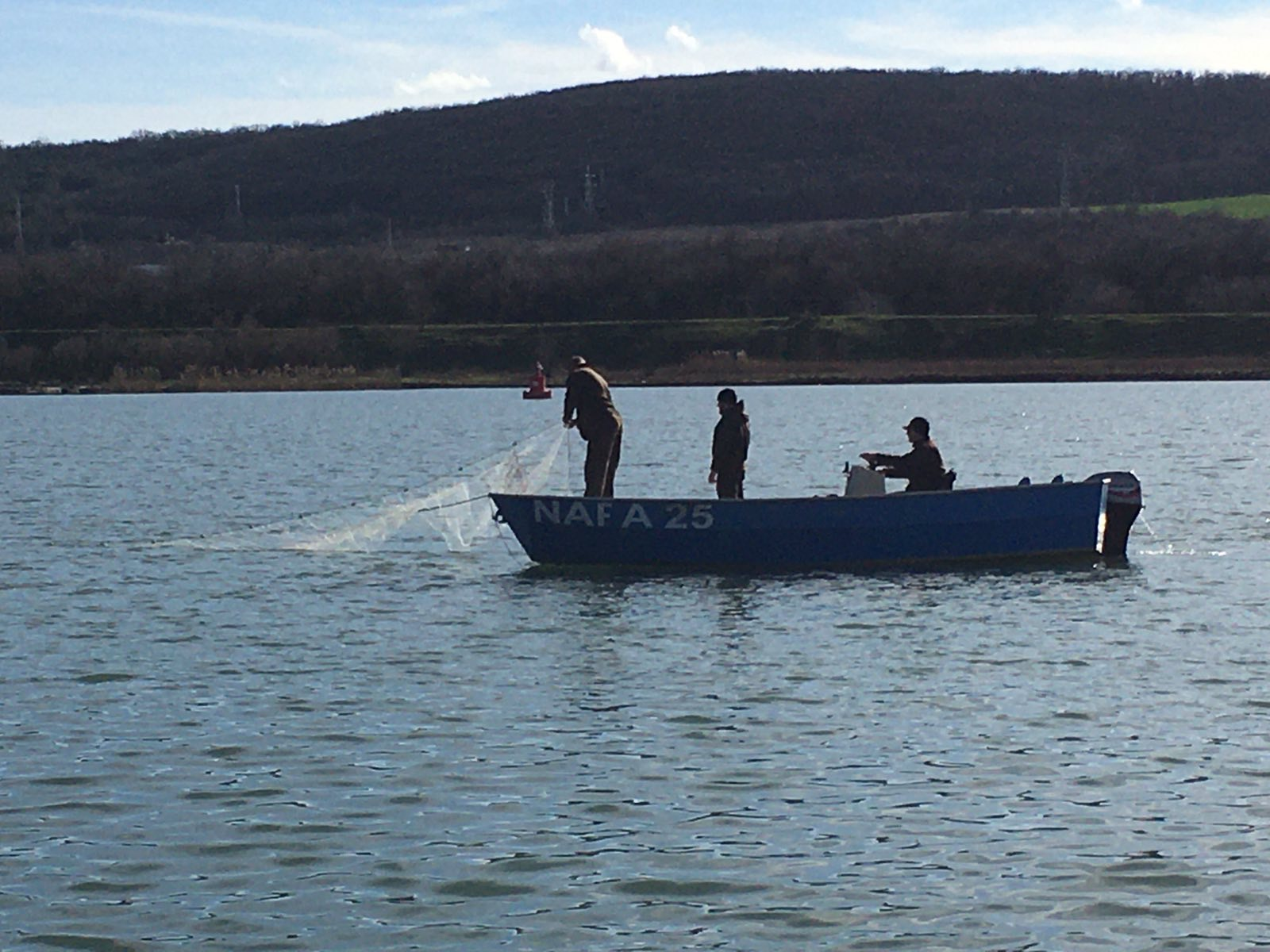 Бракониерски набези във Варненското езеро (снимки)