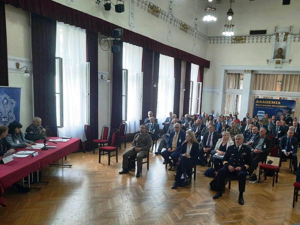 Снимки: ВВМУ с участие в Годишната отчетна среща на програмата на НАТО DEEP