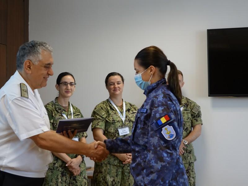 Фото-галерия: Морско училище – домакин на обучение на VI американски флот