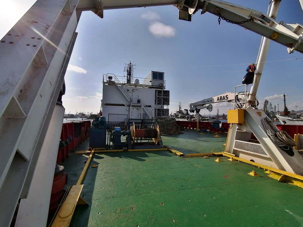 """Снимки: Започнаха практиките на курсанти от Морско училище на корабa """"Св. св. Кирил и Методий"""""""