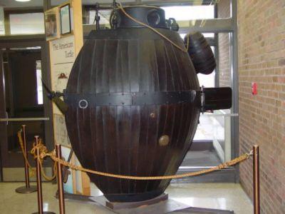 """Резултат с изображение за подводница - """"Американ Търтъл"""""""
