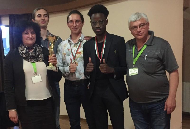 Студенти от Морско училище триумфираха на олимпиада по математика
