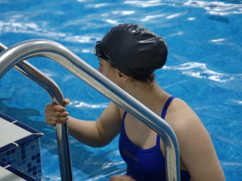 Морско училище – домакин на държавното военно първенство по плуване (снимки)