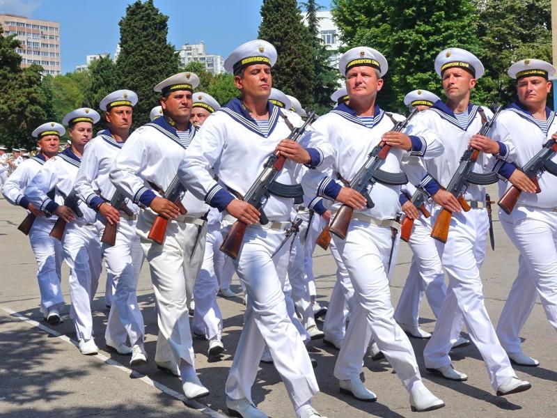 Фото-галерия: Присвояване на първо старшинско звание на 49 кадети от Морско училище