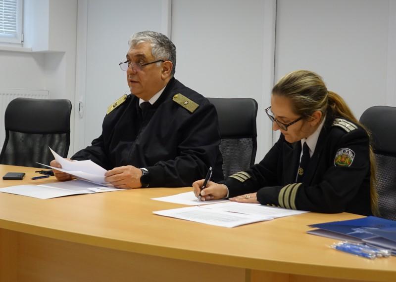 """Фото-галерия: Първи ранен прием на кандидат-курсанти във ВВМУ """"Н. Й. Вапцаров"""""""