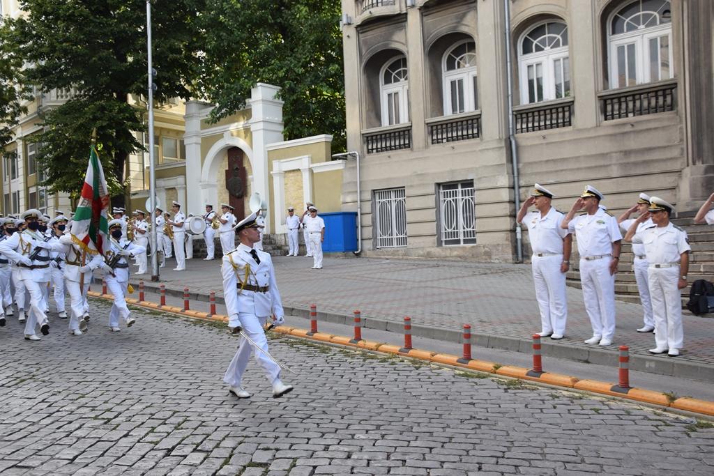 ФОТО-ГАЛЕРИЯ: ПОСЕЩЕНИЕТО НА КОНТРААДМИРАЛ МИХАЙ ПАНАЙТ В ЩАБА НА ВМС ВЪВ ВАРНА