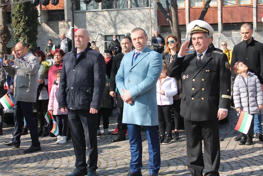 Фото-галерия от Созопол: участие на ВМС в мероприятията по случай националния празник на Република България