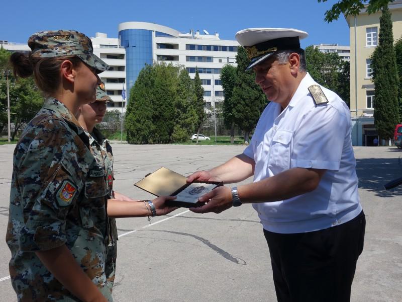 Фото-галерия: Морско училище изпрати курсантите от Северна Македония