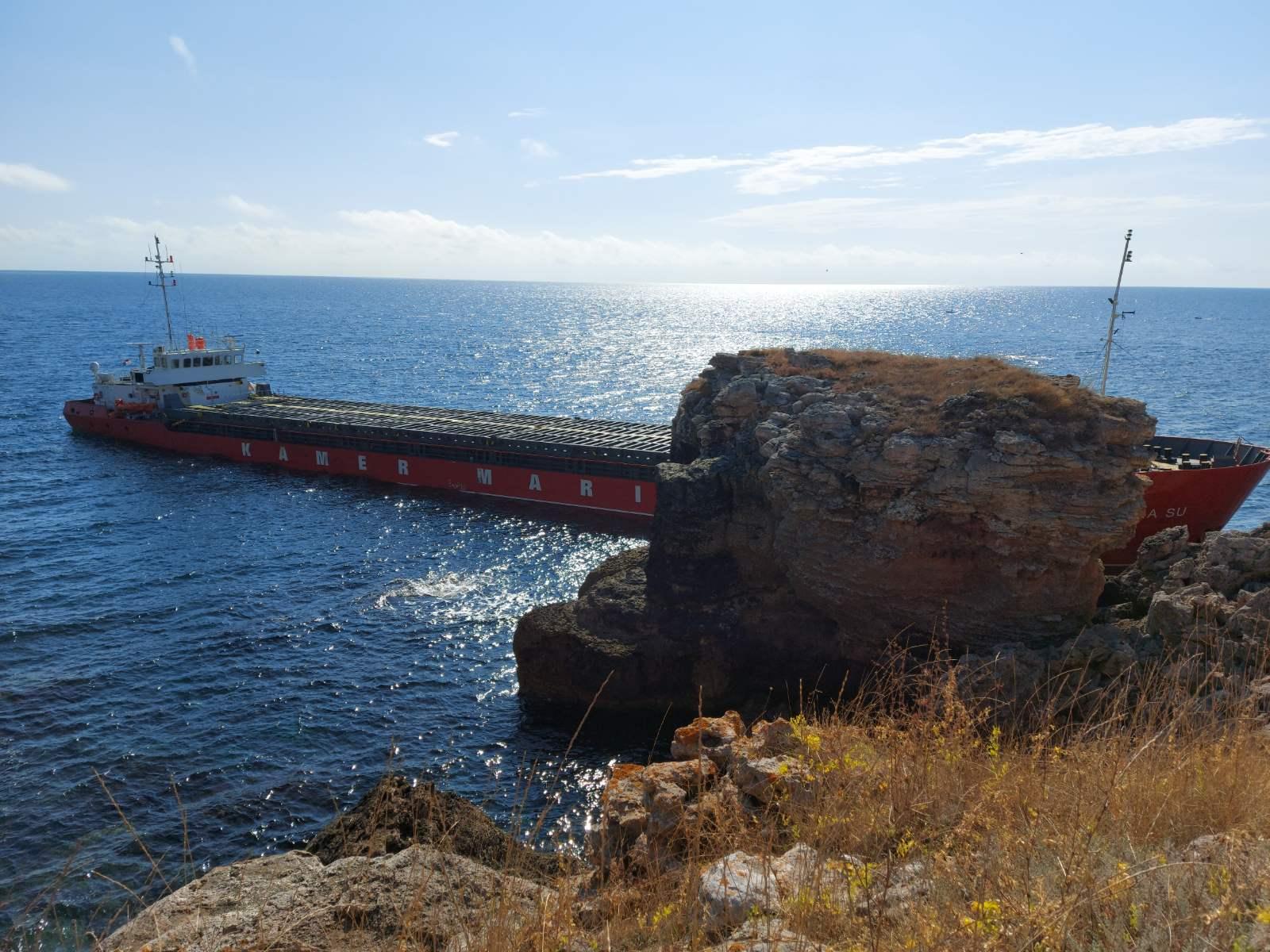 Спасителният план на корабособственика на заседналия кораб Vera SU не е одобрен