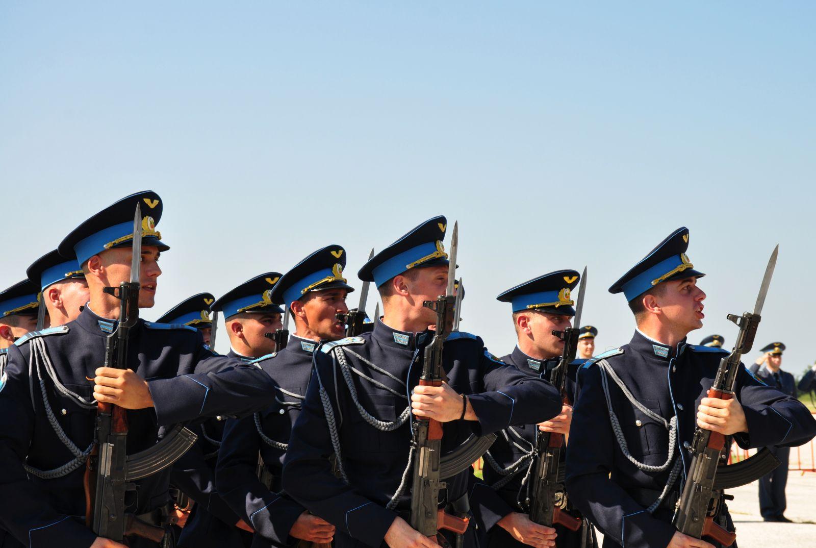 """Производство на Випуск 2020 """"Добруджански"""" на ВВВУ """"Георги Бенковски"""" (фотогалерия-3) – част от лицата на бъдещите ВВС"""