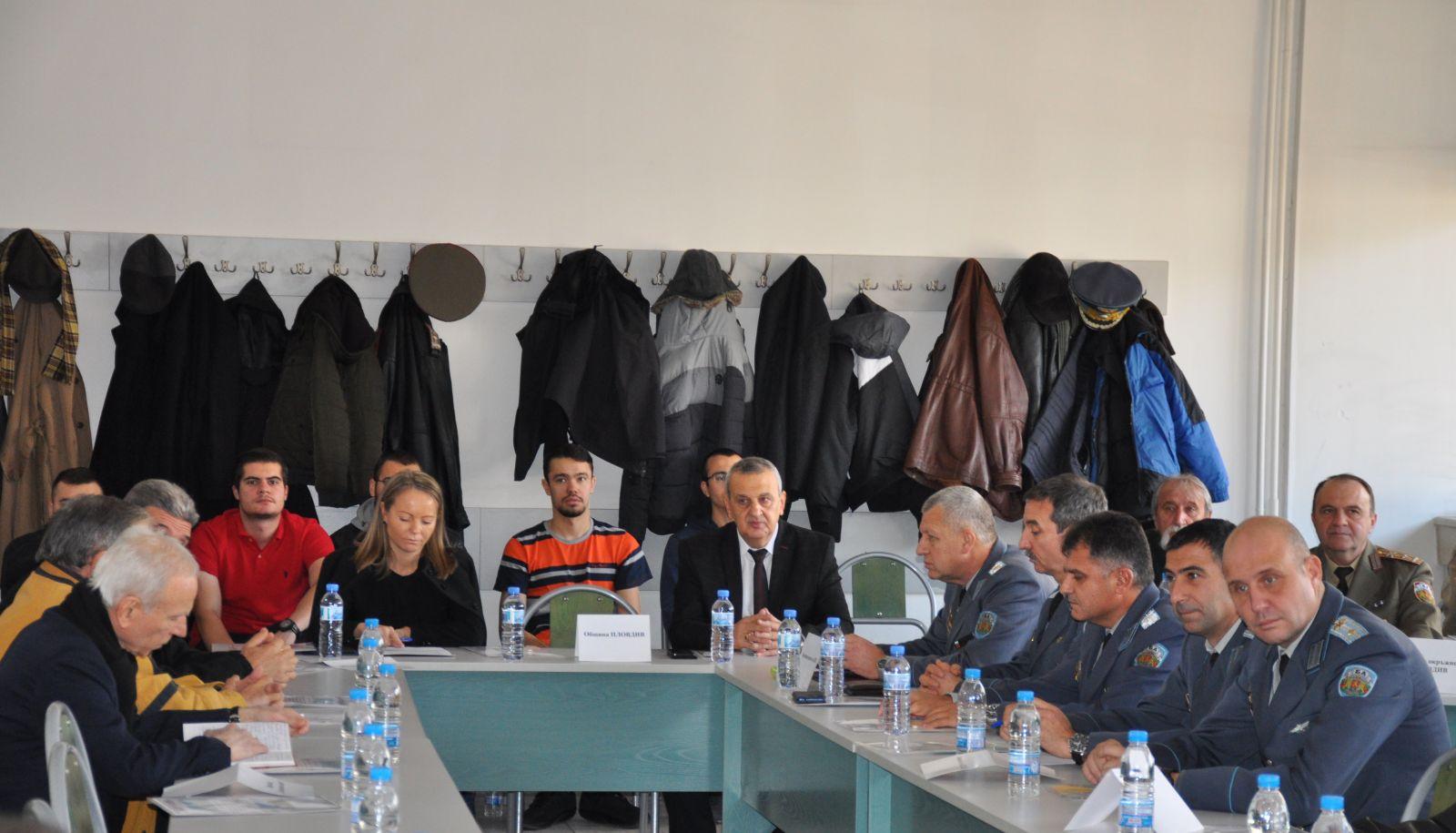 Кръгла маса по въпроси свързани с преместване на Музея на авиацията в Пловдив