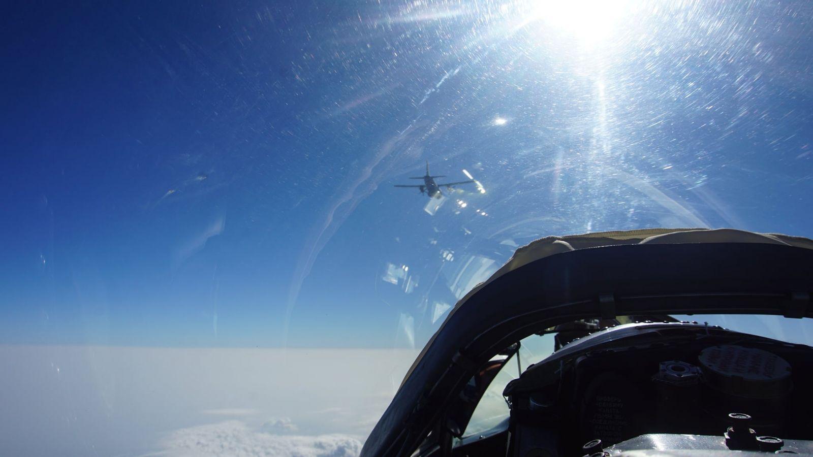 БЪЛГАРСКИ ЕКИПАЖИ НА МиГ-29 И С-27J И ГРЪЦКИ НА F-16 В СЪВМЕСТНИ ДЕЙСТВИЯ