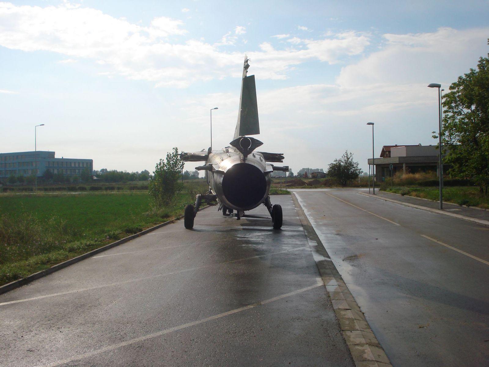 """""""Последен пристан"""" (част 10) :  МиГ-23БН борд """"06"""" – Пловдив"""