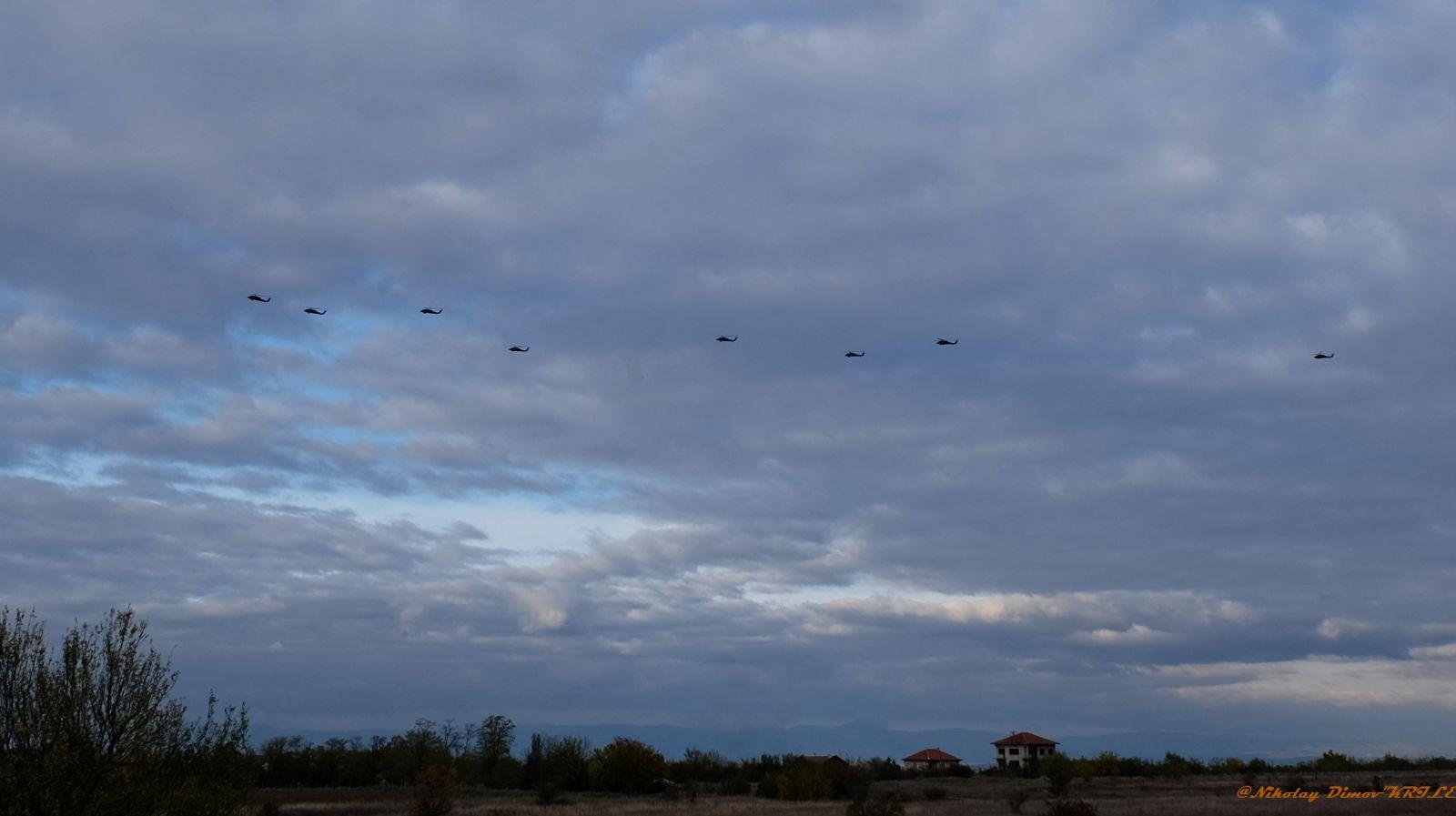 Вертолетен десант на летище Чешнегирово (фотогалерия и видео)