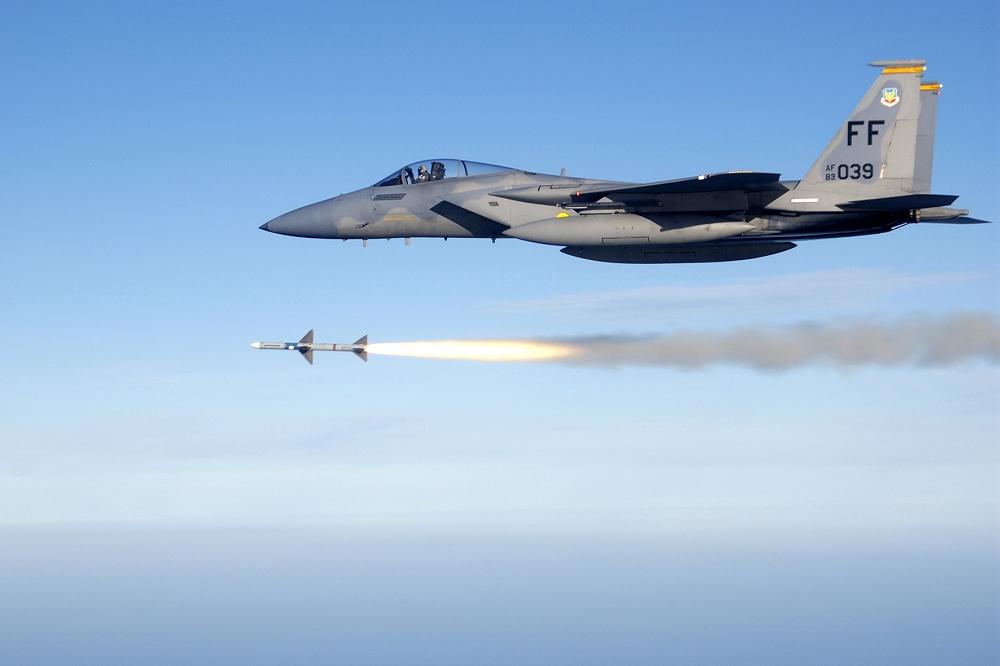 САЩ предлагат на Тайван изтребители F-15 на лизинг