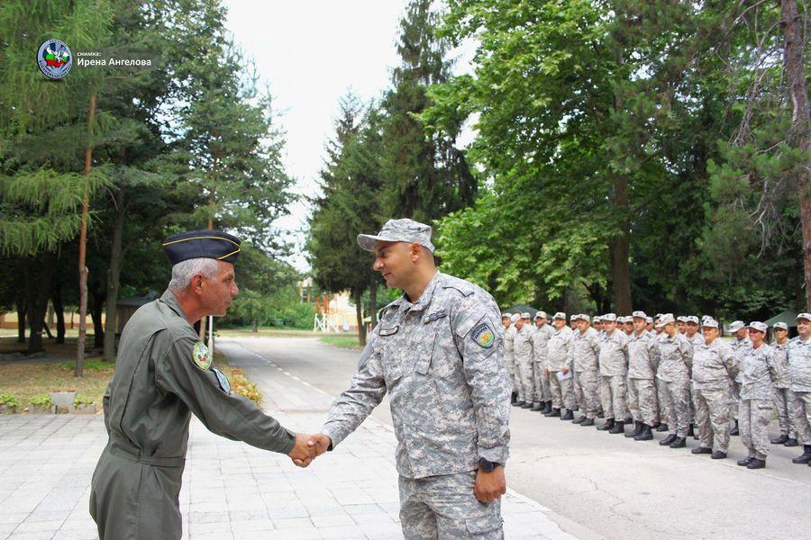 """Във ВВУБ завърши обучението на специализантите от курса """"Младши сержант – първи модул"""""""