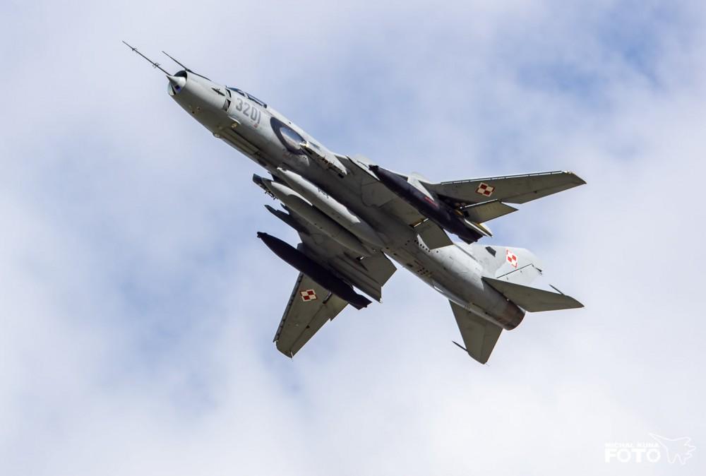 Фотогалерия: Изтребител-бомбардировачи Су-22М4К/УМ3K от полските ВВС