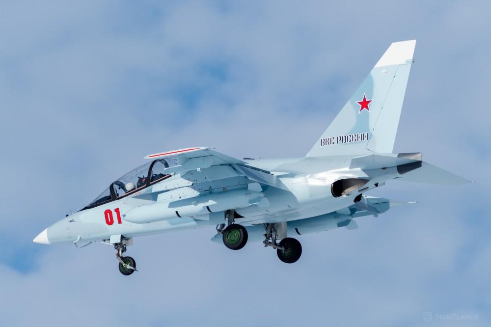 ВКС Русия получиха два нови самолета Як-130 (снимки)