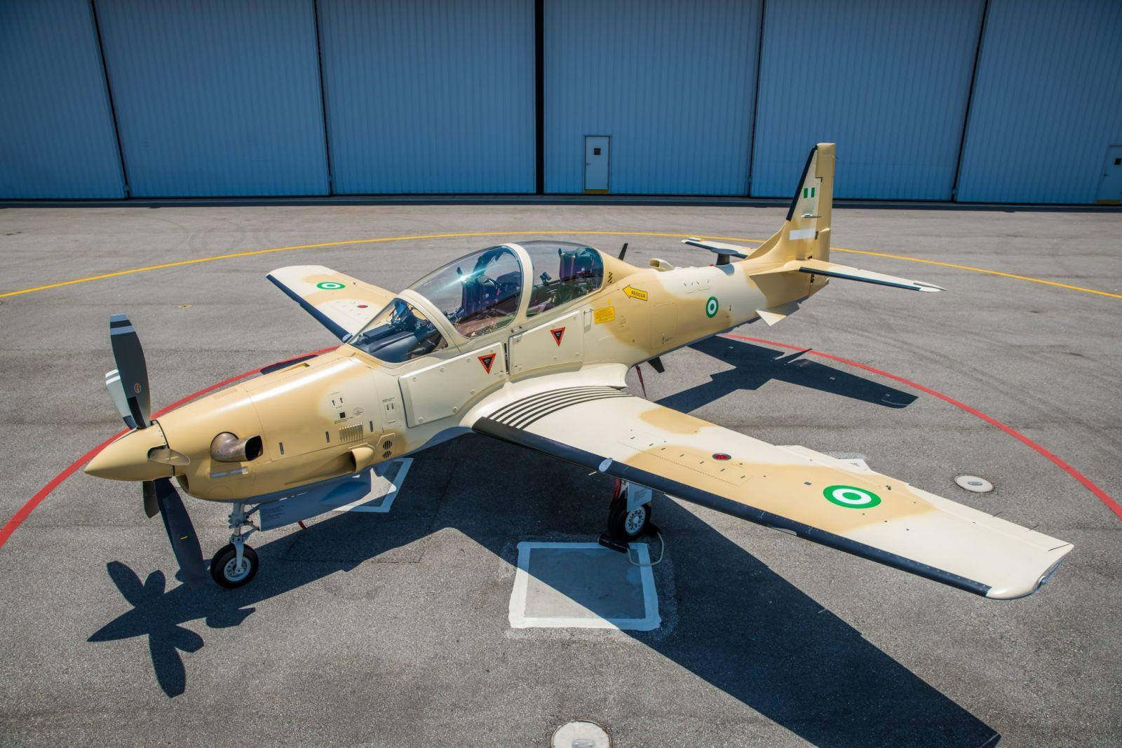 Снимки на първия Super Tucano за ВВС на Нигерия