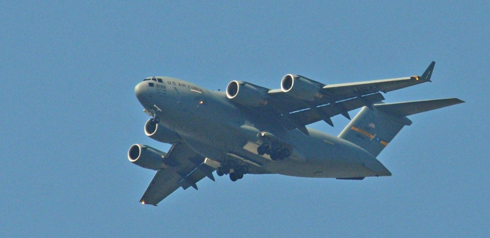 Фотофакт: C-17 Globemaster III в небето над Пловдив