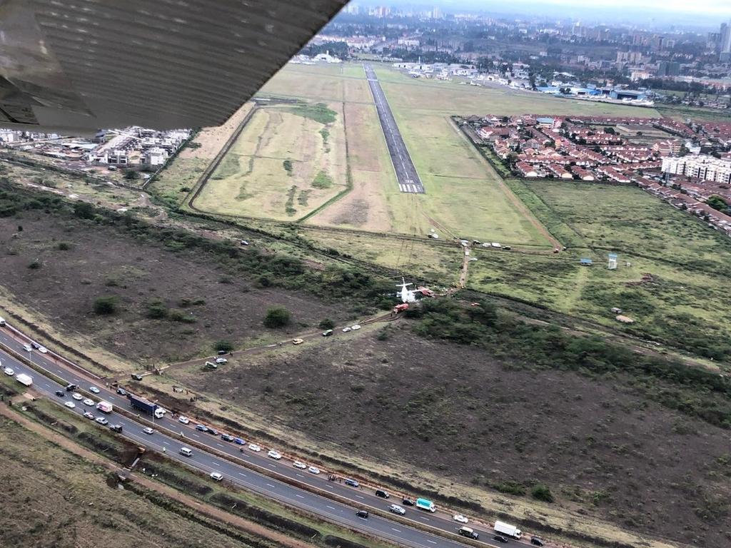 Инцидент с пътнически самолет Fokker 50 в Кения