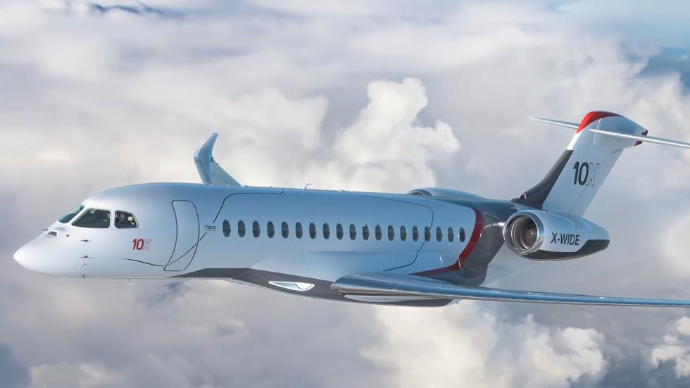 Dassault разкри най-новия си супер бизнес джет Falcon 10X