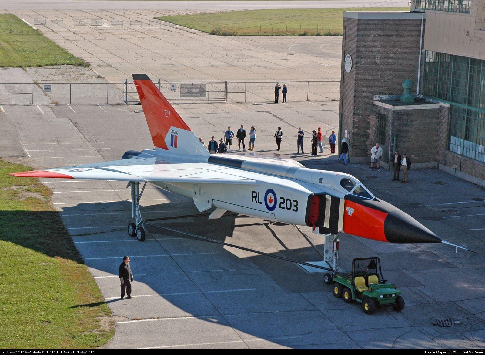 Из авиационната история - кандският  прехващач CF-105 Arrow