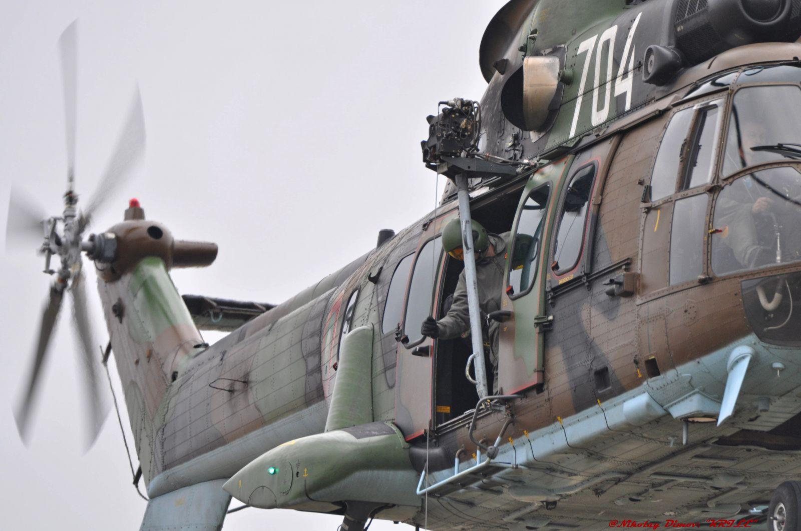 Тържествено отбелязване на празника на 24-та Авиобаза Крумово – ТЕХНИКАТА (фотогалерия) – 3 част
