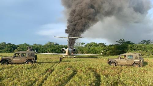 Отново аварийно кацане на самолет с наркотици