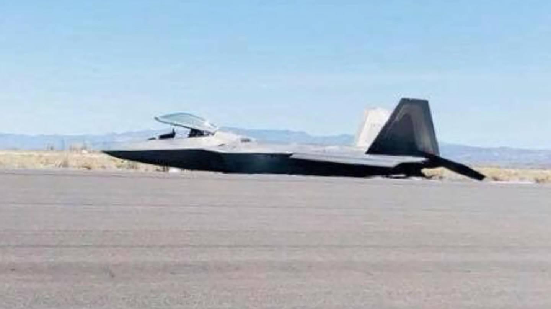 Сериозен инцидент с F-22