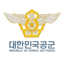 Фотофакт: Изтребители F-4E и F-5 от ВВС на Република Корея