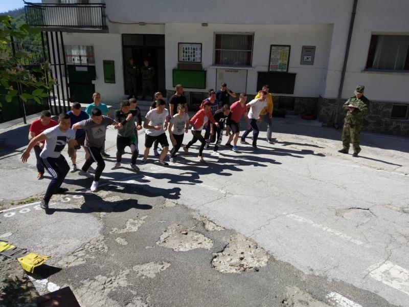 19 са новоприетите военнослужещи в 101-ви алпийски полк - Смолян
