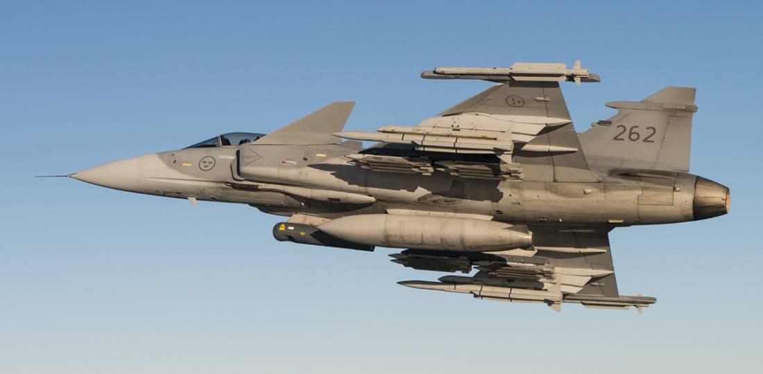 Бъдещето на ВВС на Швеция - 4 ескадрили Gripen E, 2 ескадрили Gripen C/D, нови крилати ракети, нови самолети за ДРЛОиУ