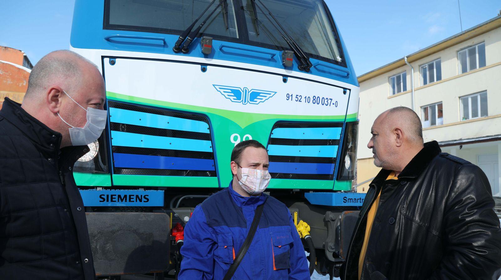 Премиерът Борисов: БДЖ вече разполага с най-добрите локомотиви в света (ЕКСКЛУЗИВНА ГАЛЕРИЯ)