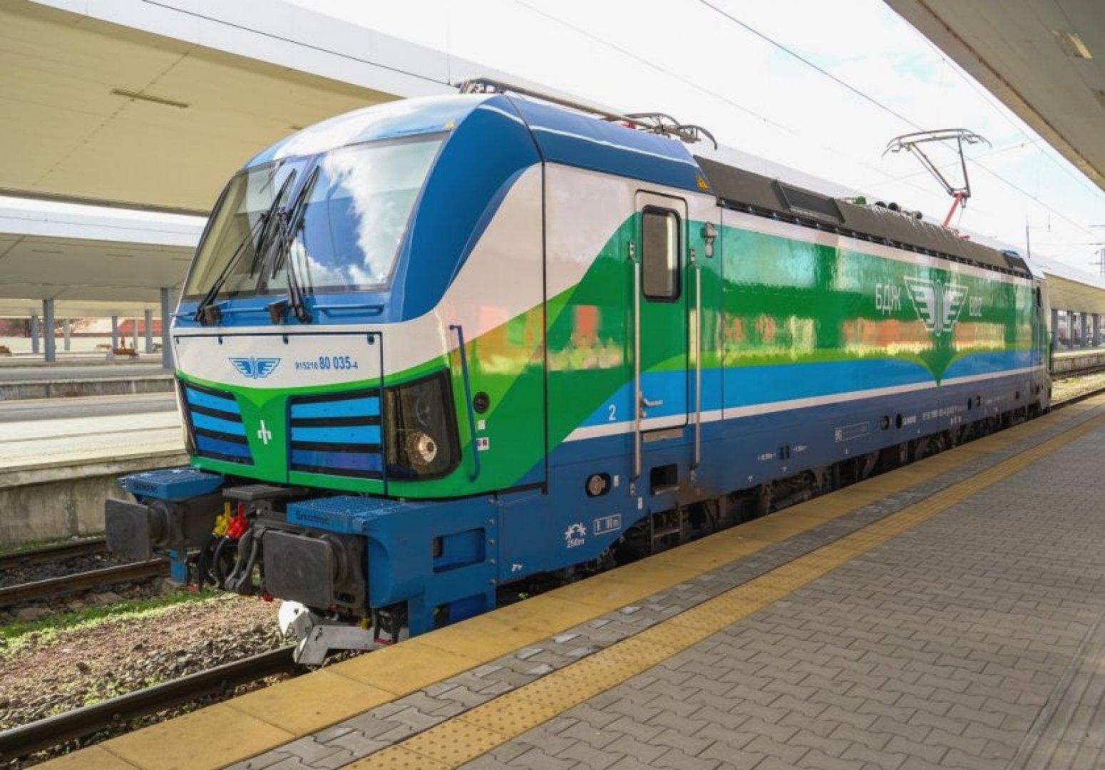 Министър Желязков: За първи път подвижен жп състав за БДЖ ще бъде финансиран с европейски средства