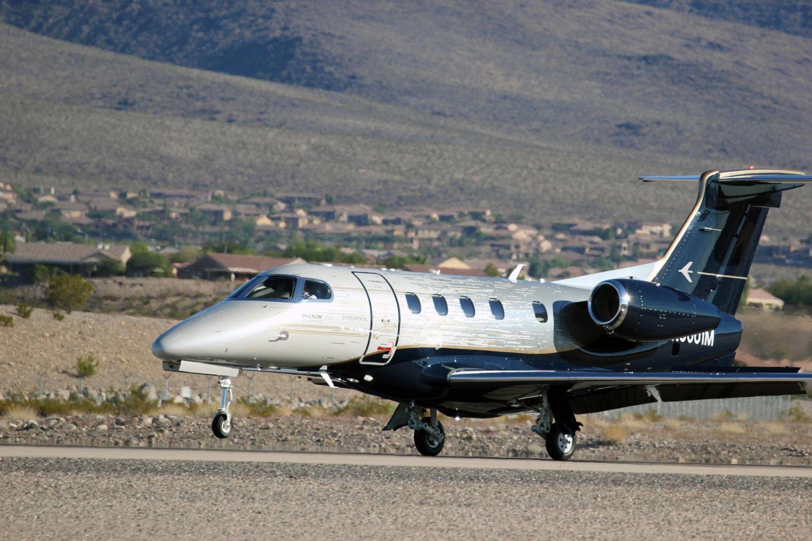 Новият, подобрен Embraer Phenom 300E постигна тройно сертифициране от ANAC, EASA и FAA (ЕКСКЛУЗИВНА ГАЛЕРИЯ)