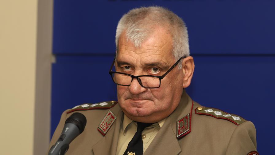 На 60-годишна възраст почина началникът на отбраната ген. Андрей Боцев (ГОЛЯМА ТЪЖНА ГАЛЕРИЯ)