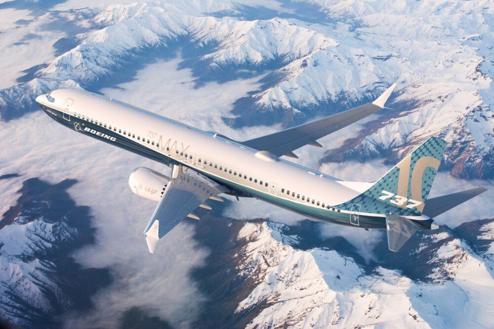 Boeing 737 MAX 10 тръгна по своя път към небето с първи полет