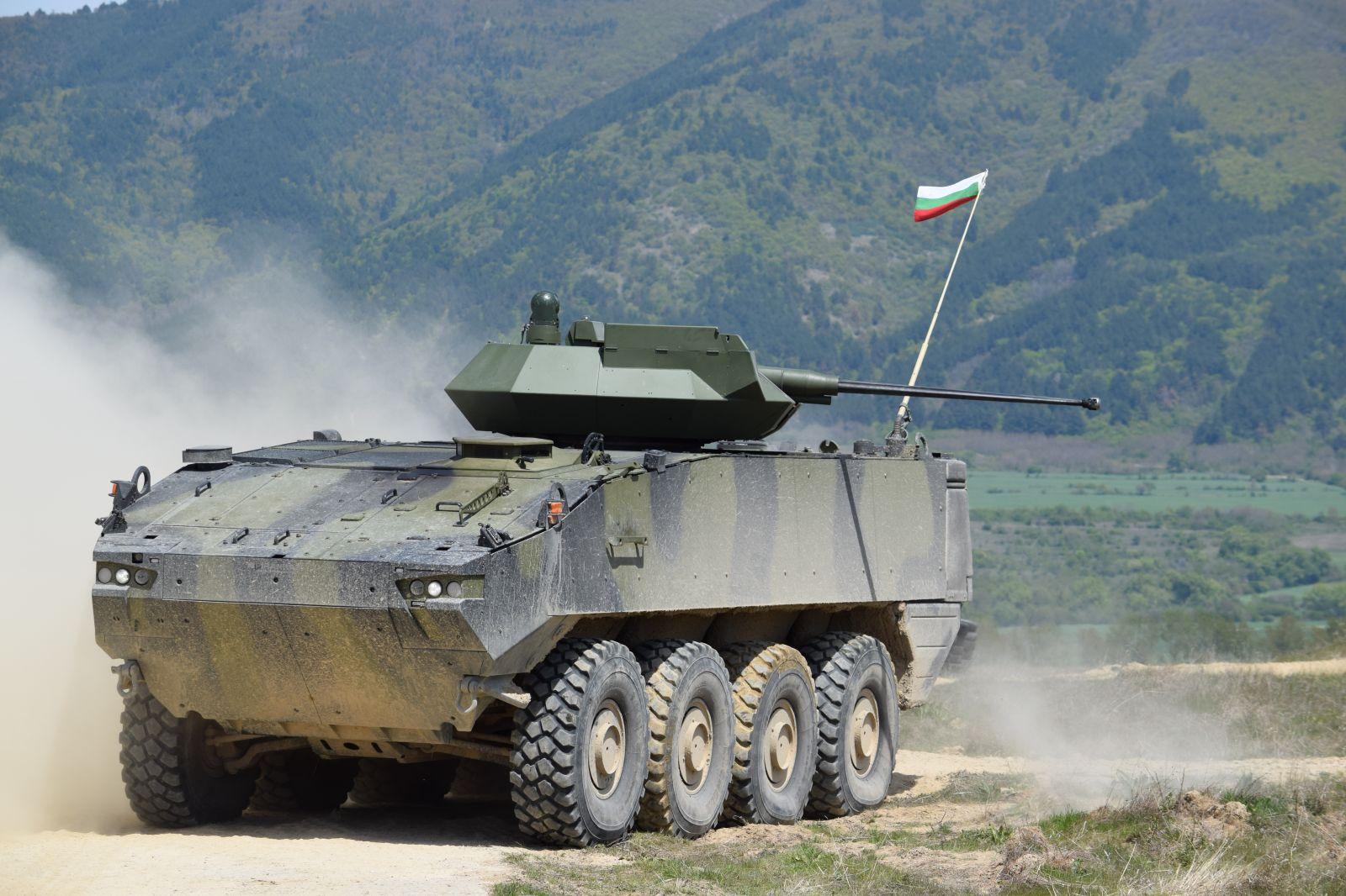 """ГОРЕЩО: """"ХЕМУС 2020"""" зам.-министър Величков: На 2 октомври българското МО ще отвори ценовите оферти за новите бойни машини на СВ - остават само Patria и GDELS"""