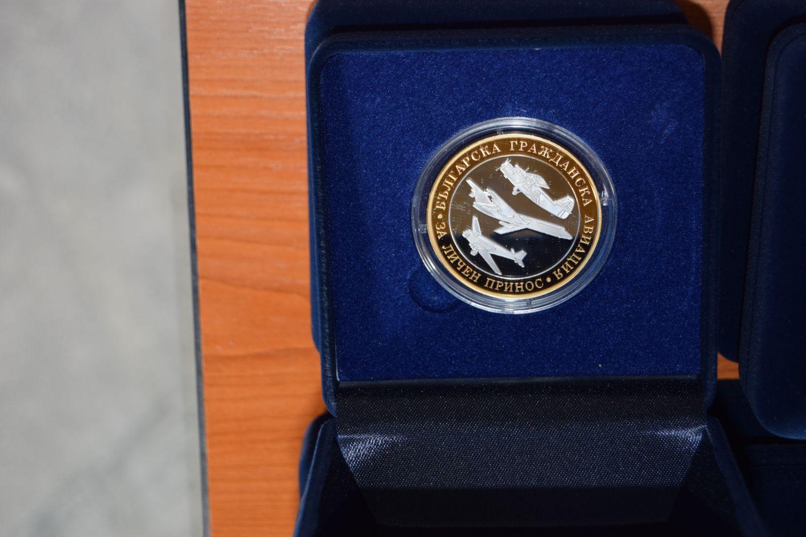 Приемственост на поколенията и признание и почит към ветераните от Българска гражданска авиация (БГА) Част 1 90-годишните юбиляри (ГОЛЯМА АВИАЦИООННА ГАЛЕРИЯ)