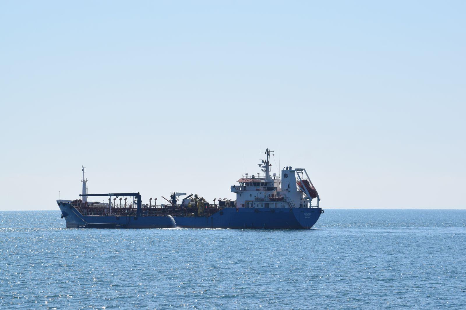 """Учението Бриз 2021 - Епизод 3 """"Спасяване на хора на море и ликвидиране на нефтен разлив"""" (ГОЛЯМА ДИНАМИЧНА ГАЛЕРИЯ)"""