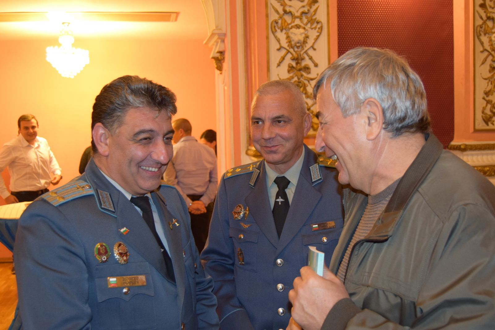 70 години инженерно-авиационна служба на българските ВВС (ГОЛЯМА ПРАЗНИЧНА ГАЛЕРИЯ)