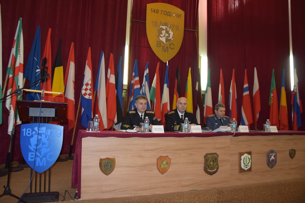 В командването на ВМС се проведе годишен анализ на подготовката за 2019 година (ГОЛЯМА ЩАБНА ГАЛЕРИЯ)