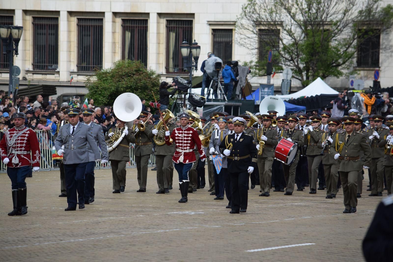Парадът за 6 май 2019 г. - мащабен, с техника и авиация Част 1 Пеши парад (ЕКСКЛУЗИВНА ПАРАДНА ГАЛЕРИЯ)