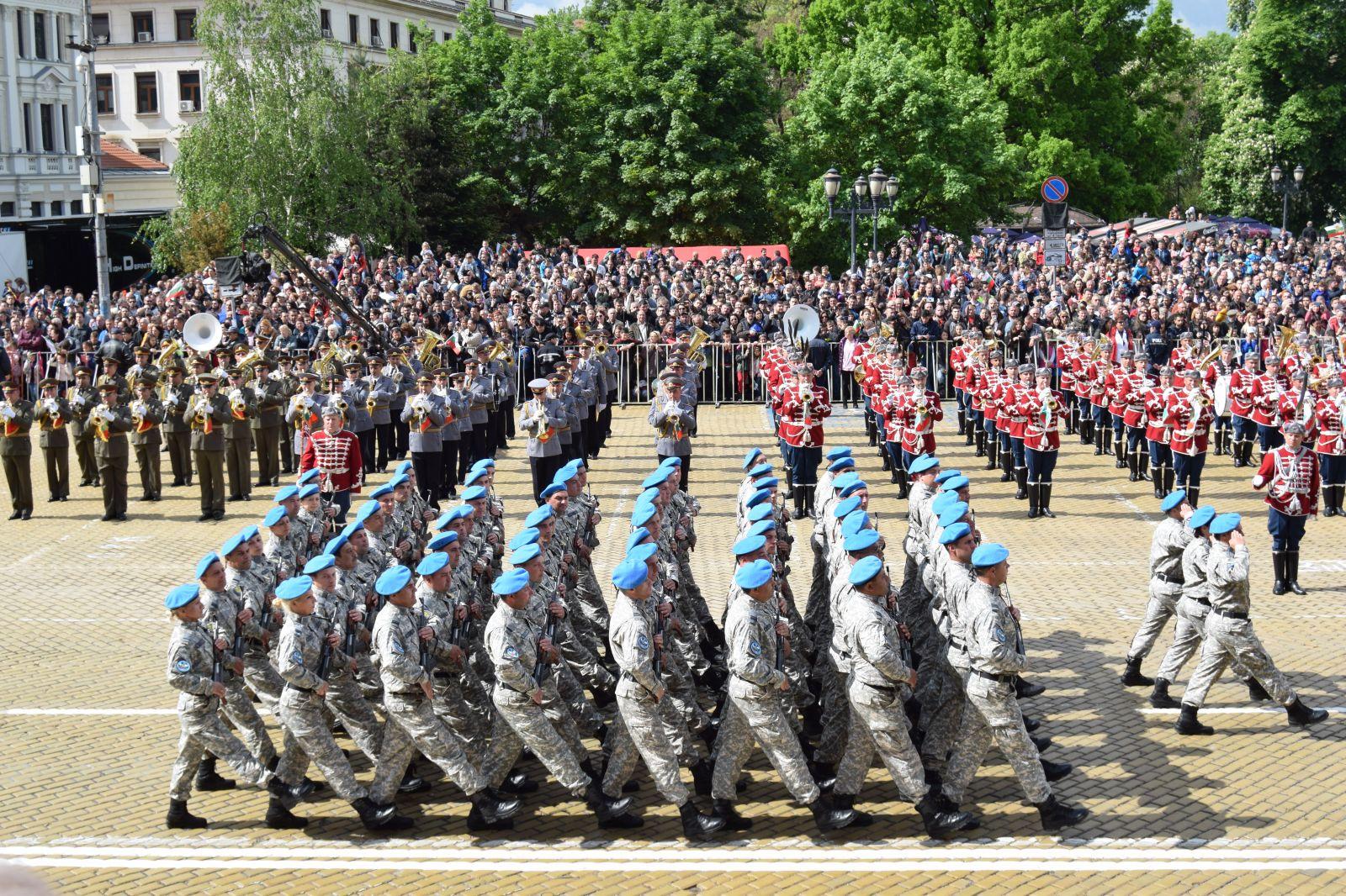 Велик е нашият войник! Честит празник храбри български воини!