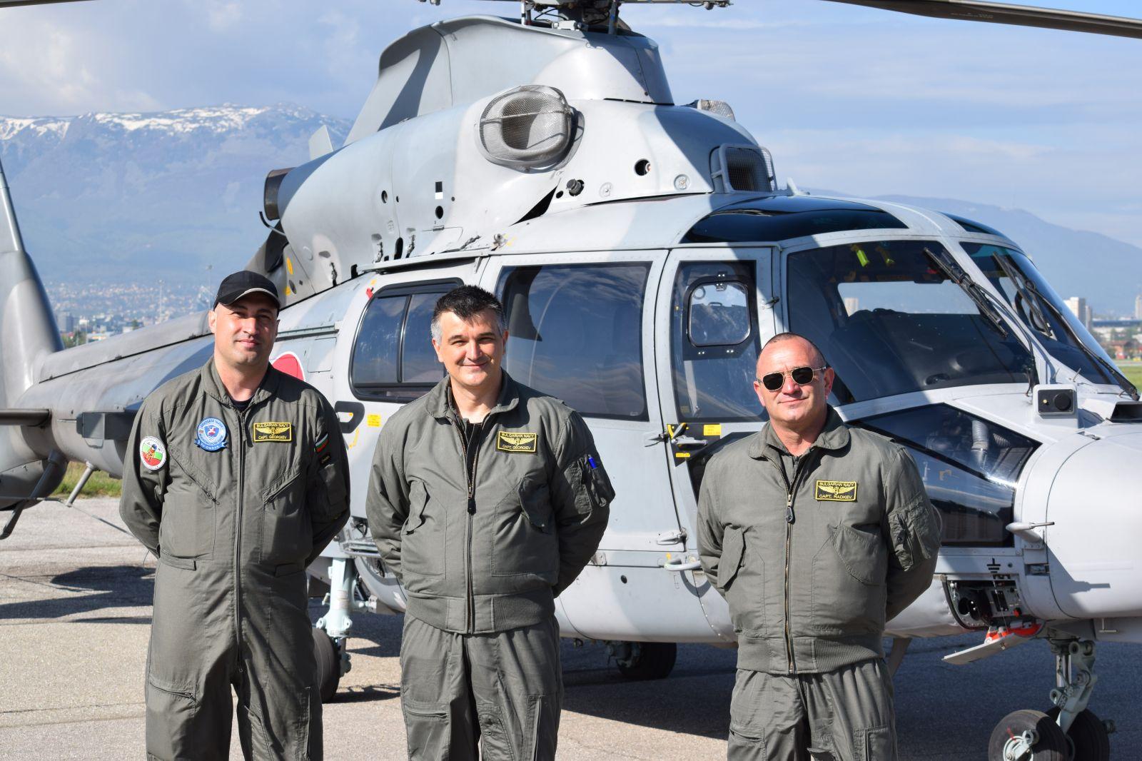 Част 6 Екипажите на машините за въздушните демонстрации за 6 май (ЕКСКЛУЗИВНА ГАЛЕРИЯ)